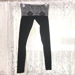 Xhilaration black fold down leggings